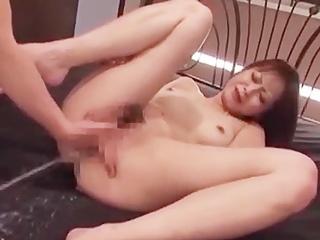 ☆悶絶!浣腸プレイ♪④この快楽の虜に!お尻から液を噴射しながらのセックスがたまらない!のサムネイル画像