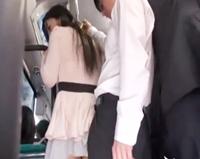 ☆満員バスの中で痴漢!夫に不満がある女性はまさかの痴漢で興奮してしまいます。そしてそのまま・・・。のサムネイル画像
