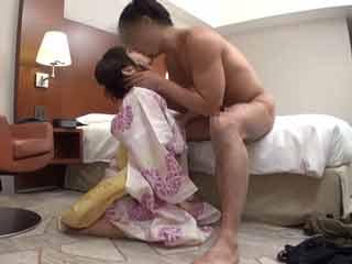 浴衣姿の可愛い女性をナンパしてハメ撮りしちゃいます!のサムネイル画像