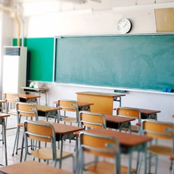お洒落して学校に行ったつもりが…のサムネイル画像