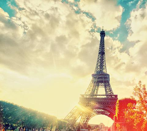 彼と過ごすロマンチックな夜はパリで☆☆-004